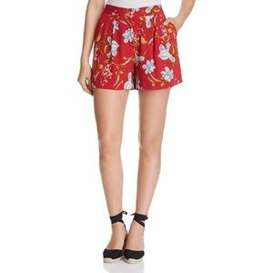 Vince Camuto Floral Red High Rise Shorts Size 10